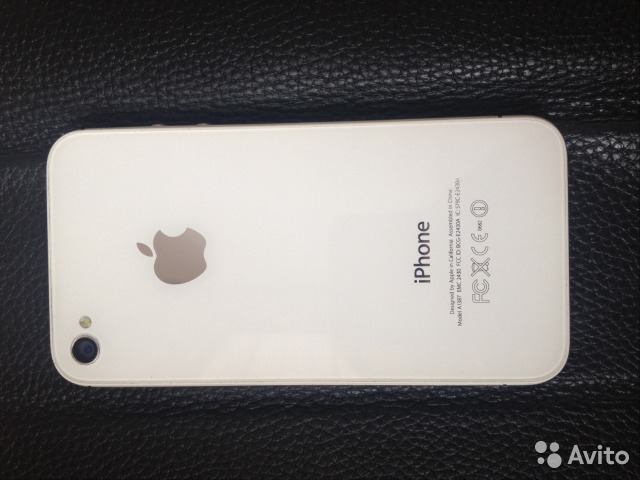 Apple iPhone 4S 32Gb - цена от 785 руб в Москве