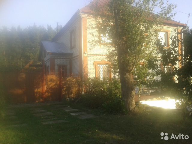 House of 300 m2 on a plot of 10 hundred. 89831836640 buy 1