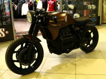 Кафе рейсер BMW Cafe Racer