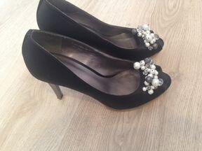 Красивая Итальянская обувь туфли босоножки 36-37 р