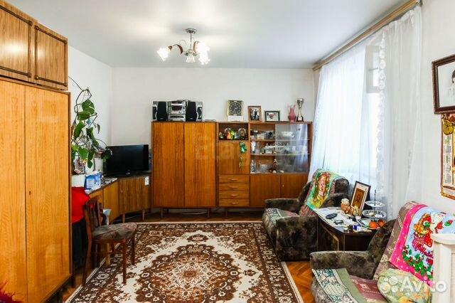 Продается двухкомнатная квартира за 3 600 000 рублей. Елизарова, 6.