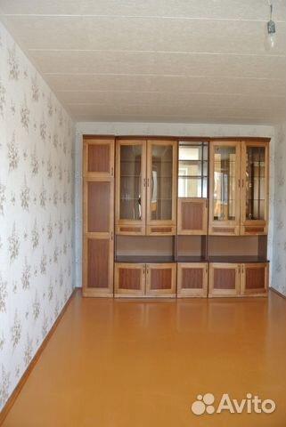 Продается двухкомнатная квартира за 2 000 000 рублей. раздольная 84.