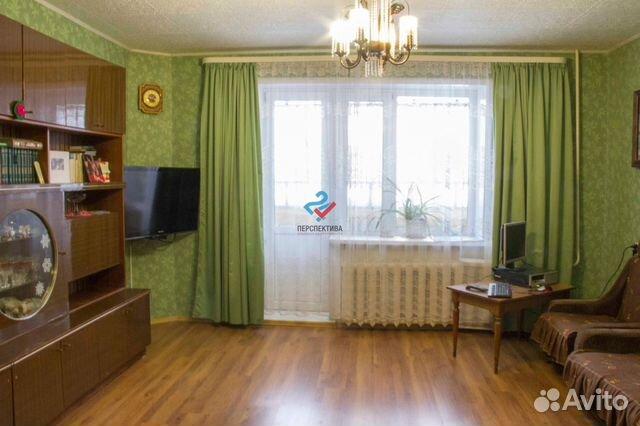 Продается четырехкомнатная квартира за 2 600 000 рублей. Тюменская обл, г Тобольск, мкр 10, д 35.