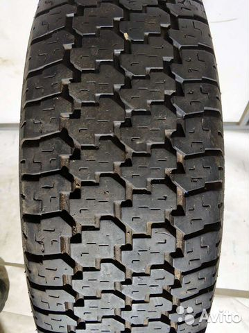 Bridgestone Dueler H/T D689 215/80 R16 107S, 1шина