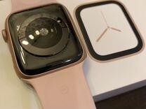 Apple Watch series 4 — Часы и украшения в Омске