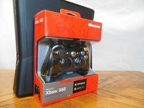 Xbox 360 Slim 4GB, геймпад 3шт.,жёсткий диск 120GB