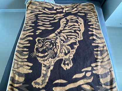 Одеяло шерстяное 190х140