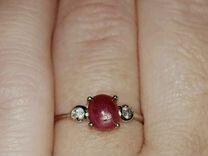 Кольцо с натуральным звездчатым рубином